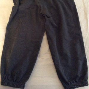 Cropped Sweatpants size SMALL DARK GRAY
